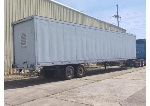 Semi trailers / storage trailers for rent